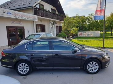 VW Passat 2,0 TDI - NAVIGACIJA